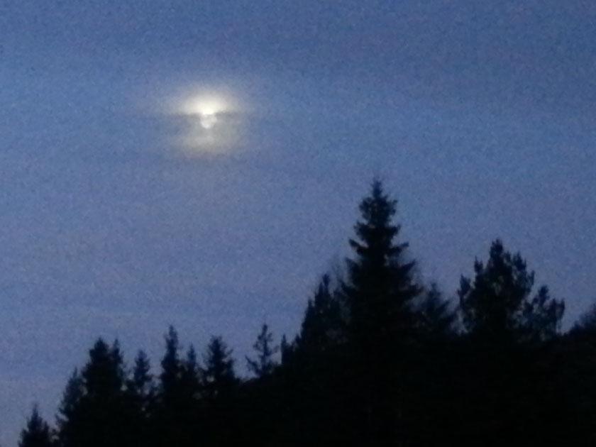 Måne på vei ned
